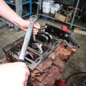 ремонт двигуна автомобіля