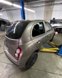 ремонт сколів і царапин авто у Львові