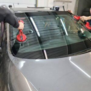 заміна лобового скла авто